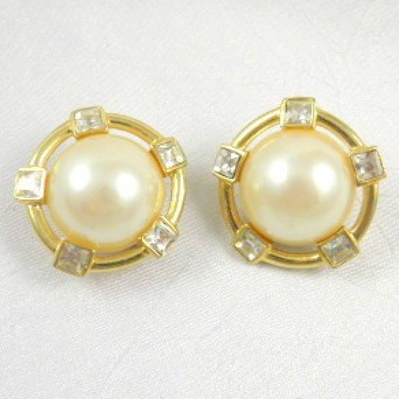 Givenchy Pearl earrings