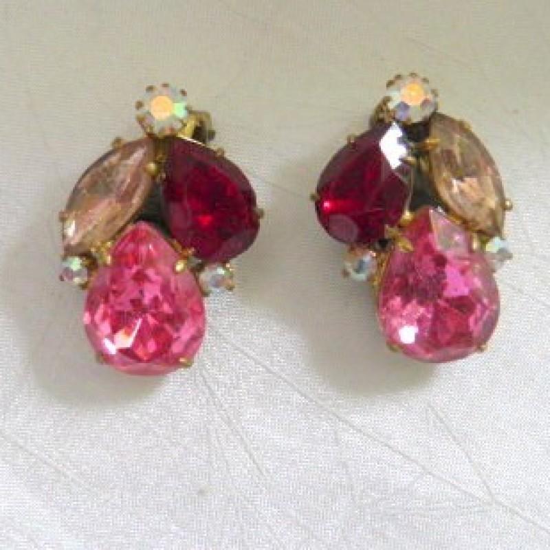 Pink/Red Earrings