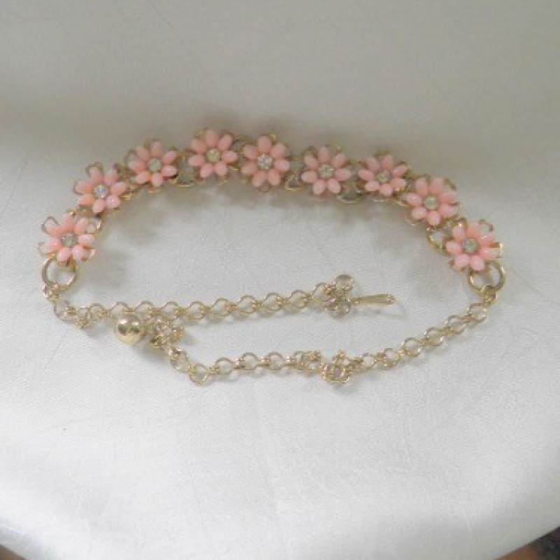 Daisey Necklace