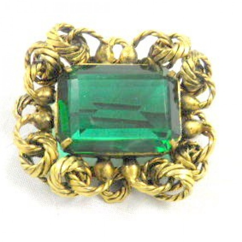 Large emerald Pin