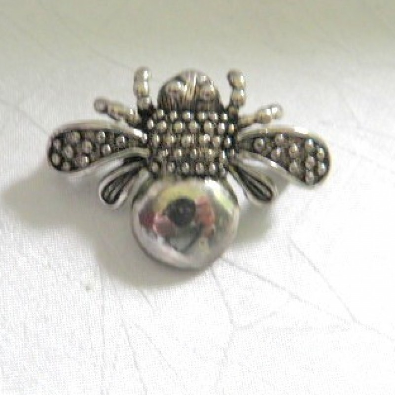 Sterling Bee Pin