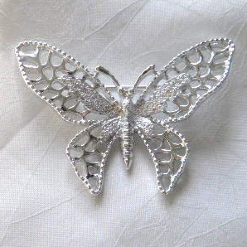 Madame Butterfly Pin