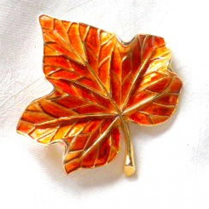 Napier Leaf Pin