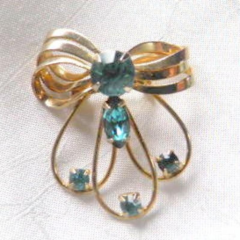 Aqua Bow Pin