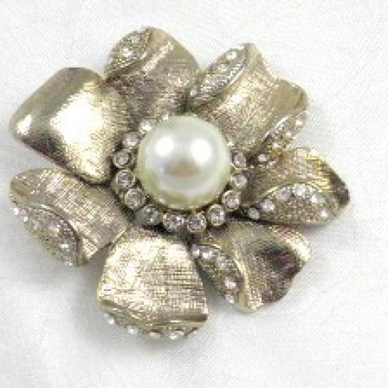 Silver & Pearl Pin