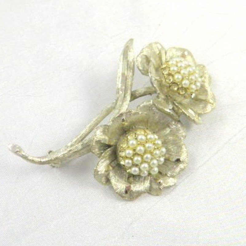 BSK Flower Pin